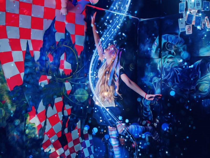 Алиса в Зазеркалье photo 1